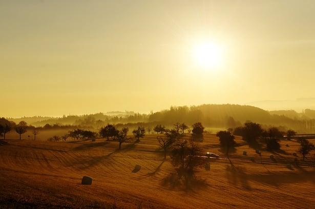 sunrise-73074_640