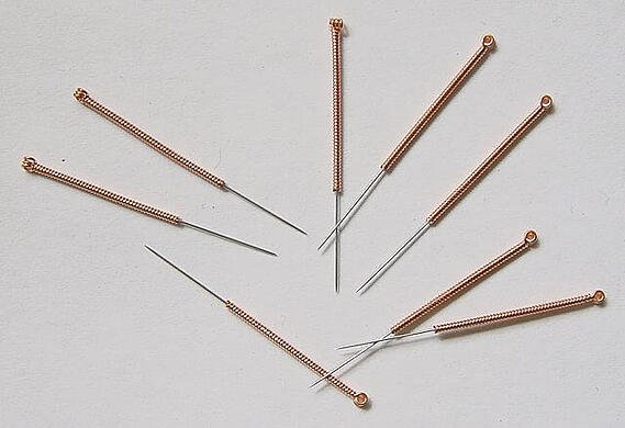 traditional-acupuncture-needles